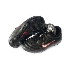 ✨3/$25✨Nike Kids Baseball Black & Red Cleats - 9